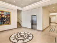 Interior photo of 150 East 72nd Street