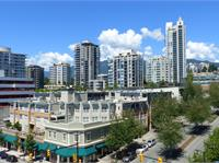 Exterior photo of Pinnacle Residences at the Pier