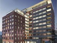 Exterior photo of 400 Wellington West