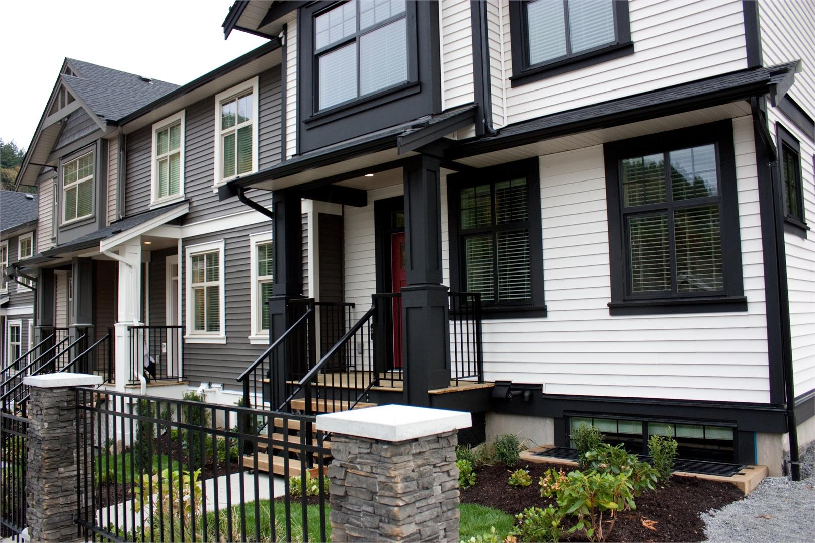 Eagle S Gate In Abbotsford Bc Prices Plans Availability